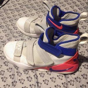 L.A. Shoes